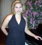 Genia Kastanas at piano
